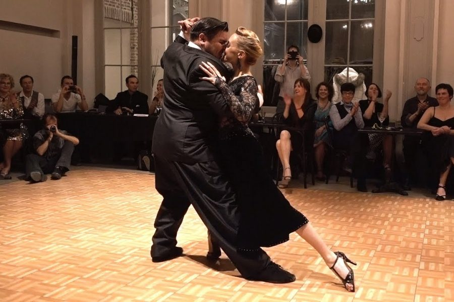 che dire…..braviIf you enjoy the work (video), please support it:  Ghent Tango…